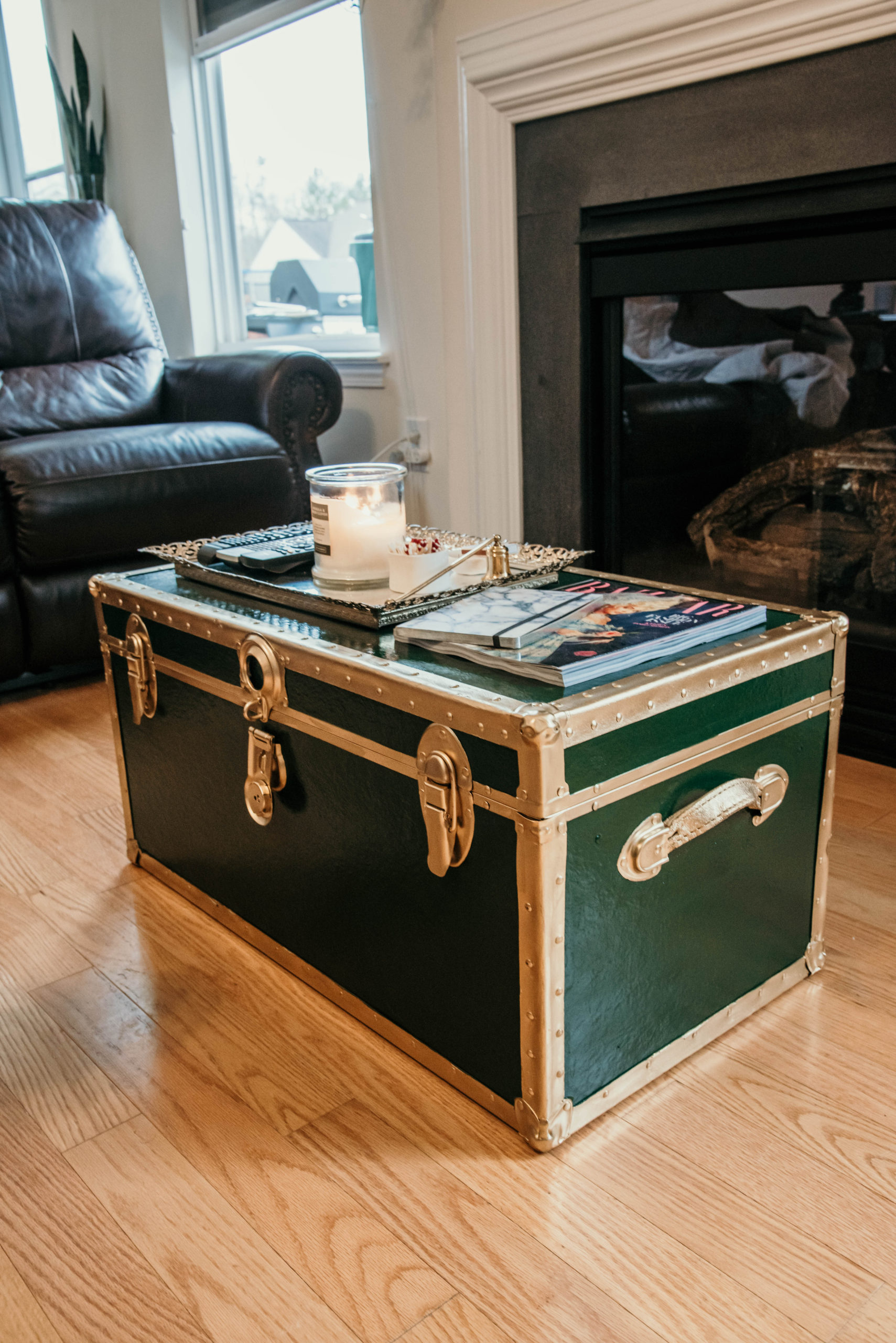 Coffee Table Trunk : Thrift Flip by Blue Augustine